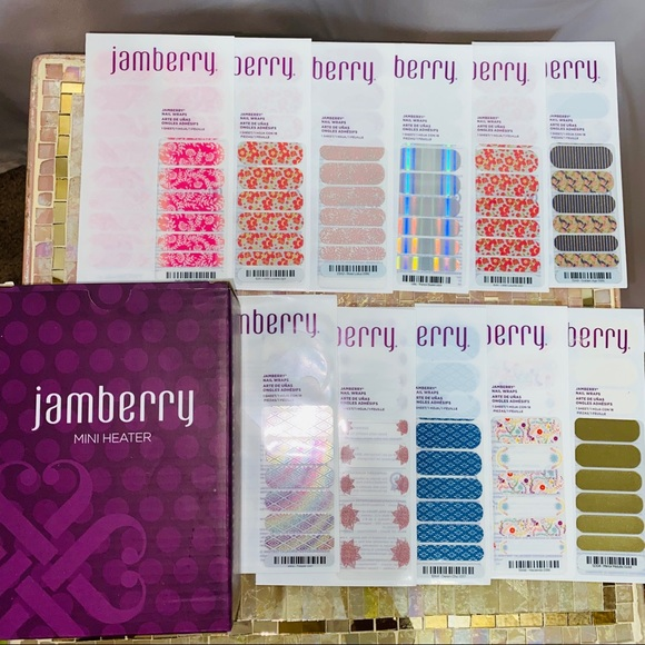 Jamberry bundle! Free heater with 10 sheets!